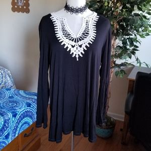 Max Edition black tunic top Large